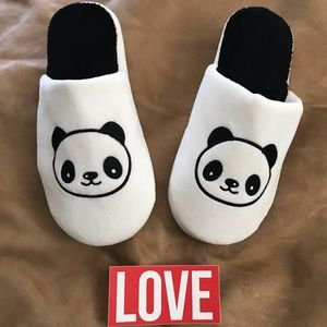 PANDA ANIMAL SLIPPERS